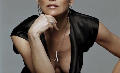 Sharon Stone Voyo