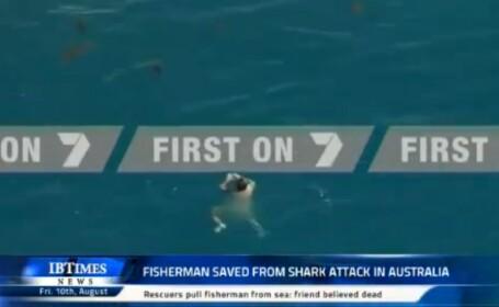 VIDEO. Momentul in care un barbat este salvat in ultima clipa din apa plina cu rechini