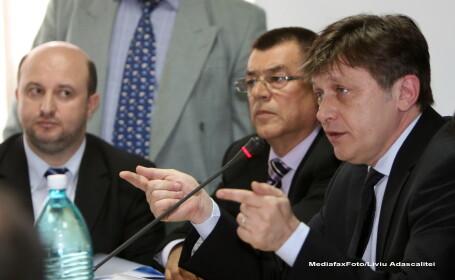 Daniel Chitoiu, Radu Stroe, Crin Antonescu