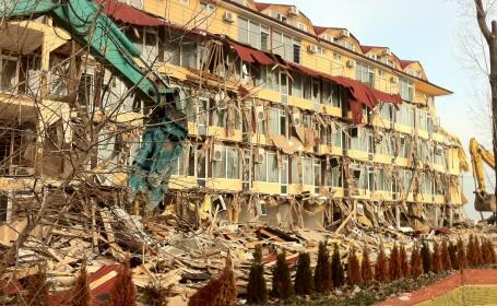 Portita legala a unui milionar roman pentru a caza turisti intr-un hotel aproape demolat cu totul