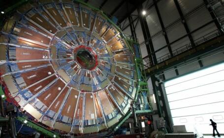 Cercetatorii de la CERN au obtinut cea mai mare temperatura din istorie: 5.5 trilioane de grade C