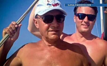 Presedintele Traian Basescu, fotografiat la bustul gol pe puntea unei ambarcatiuni cu vele