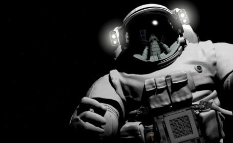 astronaut crop