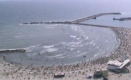 Vreme calduroasa pe litoral: apa marii are 26 de grade Celsius. Imagini LIVE de la Marea Neagra