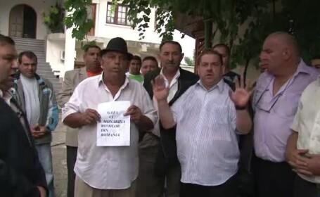 Fratii Cioaba, contestati de comunitatile de romi. \