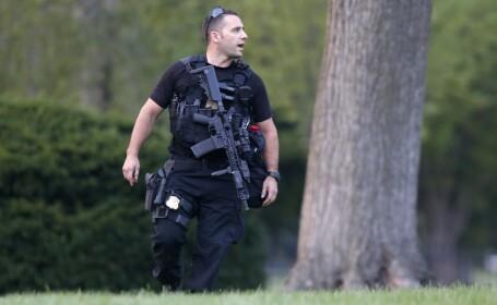 Un bebelus a provocat o alerta de securitate la Casa Alba. Barack Obama si-a amanat un discurs