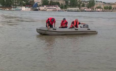 Un tanar de 19 ani a plonjat cu masina in Dunare, la Cazanele Mici. Scafandrii ISU i-au scos corpul fara viata din apa