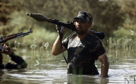 Statul Islamic a mai decapitat un barbat. Motivul din cauza caruia un luptator kurd a fost executat cu cruzime in Irak