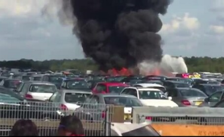 Mama si sora lui Osama ben Laden au murit intr-un accident aviatic in Marea Britanie. Avionul lor s-a prabusit intr-o parcare