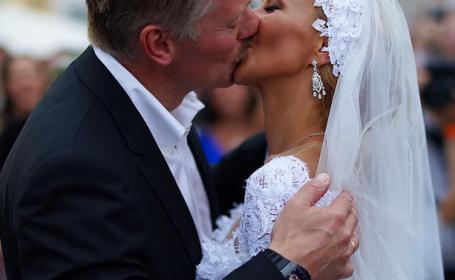 Furie in Rusia. Purtatorul de cuvant al lui Putin a avut la nunta un ceas de 620.000 de dolari. Ce explicatie a oferit