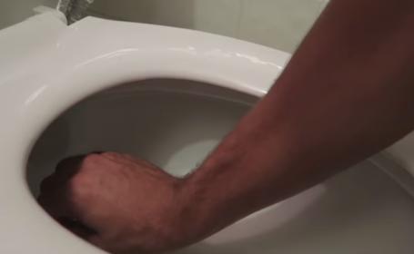 Toaleta - YOUTUBE