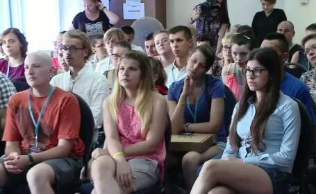 Povestea celor 100 de tineri care au invins cancerul, iar azi ii sustin, la Cluj, pe cei care trec prin cumplita experienta