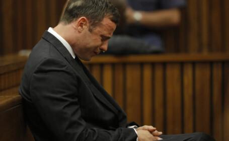 Oscar Pistorius va fi eliberat din inchisoare si mutat in arest la domiciliu. Procurorii cer incadrarea faptelor la \