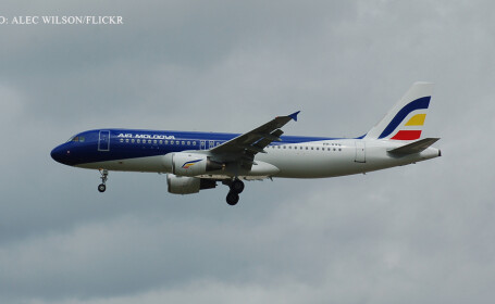 avion AIr Moldova in zbor
