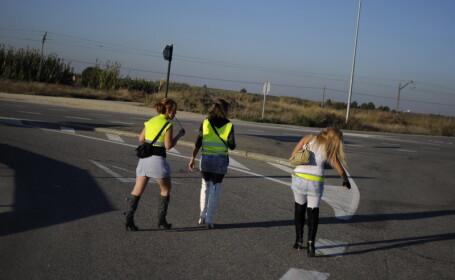 Prostituatele din Italia, obligate sa poarte veste reflectorizante si pantaloni. Ce amenzi risca daca nu se supun