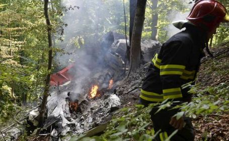 Accident aviatic in Slovacia, cu 7 morti si 31 de raniti. Gestul eroic al pilotilor, dupa impact, a salvat zeci de vieti