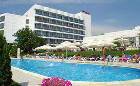 piscina hotel Venus - stiri