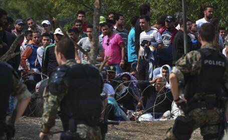 2.000 de imigranti blocati o noapte intreaga, pe ploaie, intre Grecia si Macedonia. Urmarile represaliilor de vineri