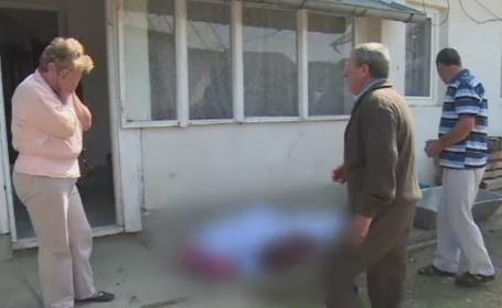 Sfarsit crunt pentru un barbat de 82 de ani din Dambovita. Taurul pe care il crestea l-a atacat in grajdul gospodariei