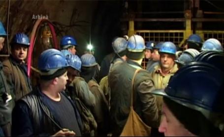 25 de mineri s-au blocat in Mina Baita, din judetul Bihor. Acestia protesteaza si se tem ca si-ar putea pierde slujbele
