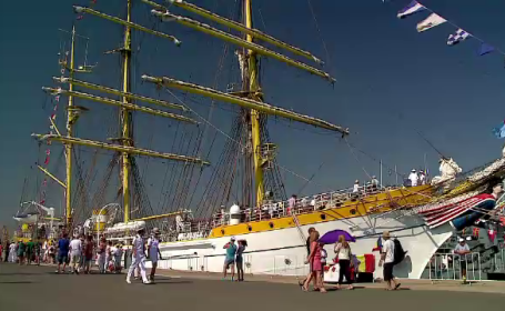 Portul Militar Constanta, deschis vizitatorilor inainte de Ziua Marinei. Oamenii au avut sansa sa vada Bricul Mircea