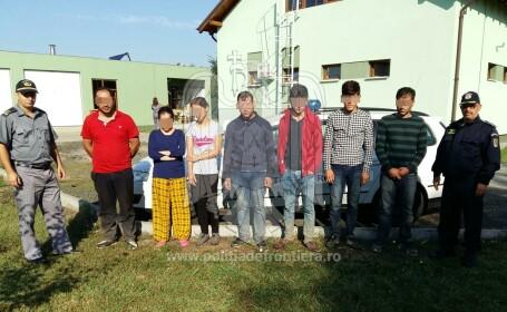 24 de turci, printre care 11 copii, prinsi in timp ce incercau sa intre ilegal in tara, dupa sporirea masurilor de securitate