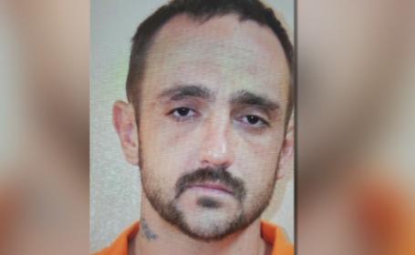 Crima infioratoare in SUA. Un barbat a ucis 5 oameni, apoi si-a rapit fosta iubita. \