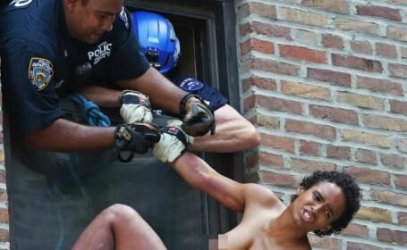 O femeie a incercat sa se sinucida si s-a aruncat goala de la etajul 5, in New York. Ce i-a salvat viata, in ultima clipa