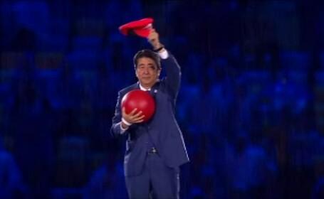 Aparitie surpriza a premierului Japoniei, la ceremonia de inchidere a Jocurilor Olimpice. Shinzo Abe, deghizat in Super Mario