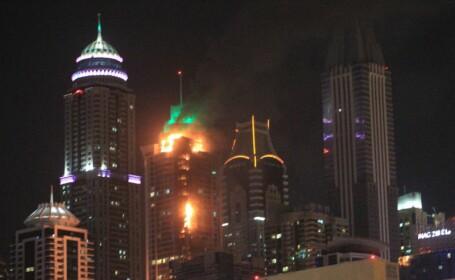 Incendiu la un zgârie nori din Dubai, a doua oară în doi ani