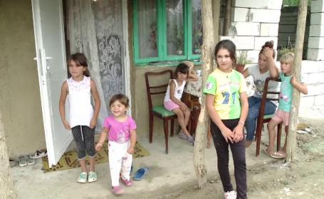 O femeie care își crește singură cei șase copii are nevoie de ajutor