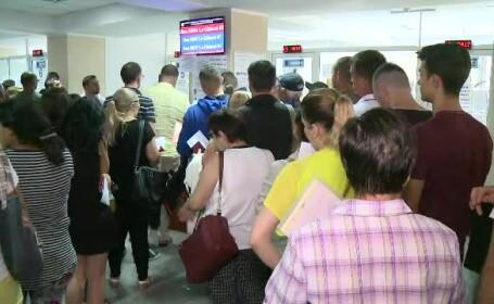 Șefii celor două direcții de pașapoarte și-au cerut public scuze