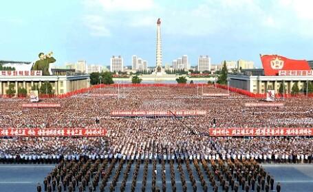 Zeci de mii de nord-coreeni au scandat împotriva lui Trump