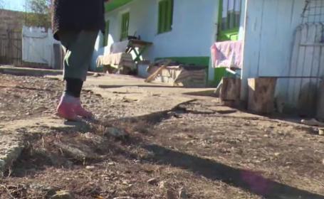 O femeie din Iași susține că un vecin a încercat să o violeze în propria casă