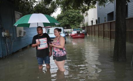 Oraşul Houston, inundat după uraganul Harvey