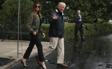 Donald și Melania Trump, vizită în Texas, devastat de inundații. Ironiile stârnite de Prima Doamnă