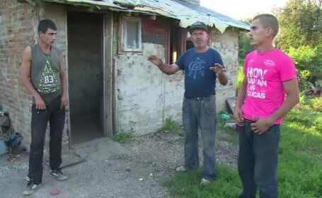 O familie din Dâmbovița, invadată de doi indivizi, noaptea, în casă. 4 oameni au ajuns la spital