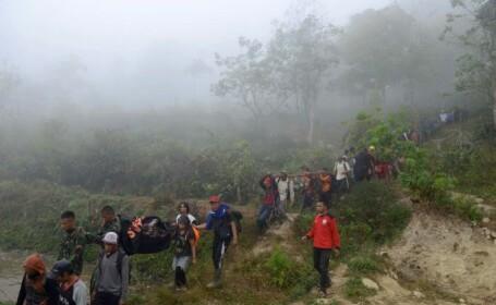 Un avion de pasageri s-a prăbuşit în Indonezia