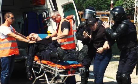 Clip anti-violenţă, realizat de Jandarmerie acum 2 luni. Cum reacţionează jandarmii din film