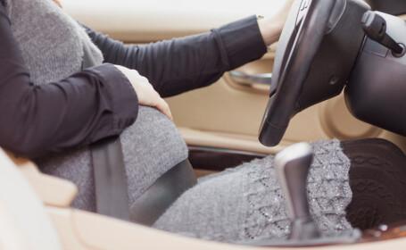 Gravidă nevoită să conducă singură până la spital, după ce soțul ei a fost arestat într-o benzinărie