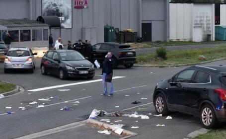 Dispută în fața unui club. Șapte răniți, după ce un șofer a intrat în plin într-un grup de persoane