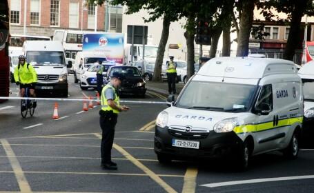 Răfuială între două bande de proxeneți români, la Dublin. Un bărbat a fost înjunghiat de 13 ori