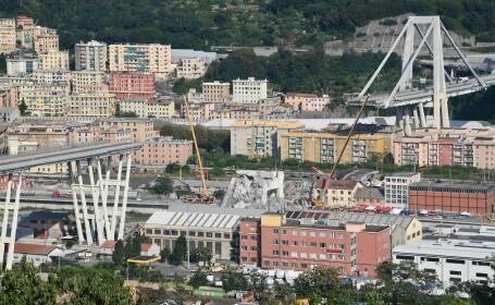 Resturile podului din Genova s-ar putea prăbuşi peste oraş. Avertismentul experţilor