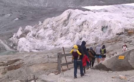 Soluția găsită de elevețieni pentru a-și proteja ghețarii de încălzirea globală