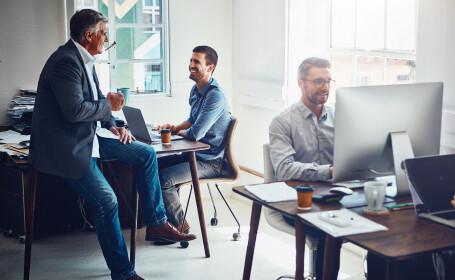 Cum a ajuns un angajat să primească un salariu de 100 de ori mai mare față de suma obișnuită