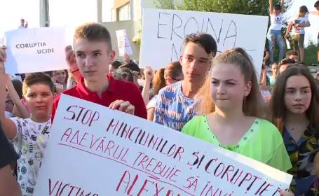 Proteste masive în Caracal. Tinerii se tem că vor ajunge în aceeaşi stuatie că Alexandra