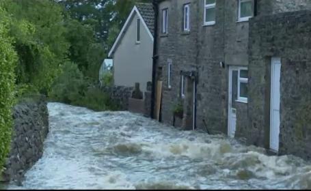 Inundatii Marea Britanie