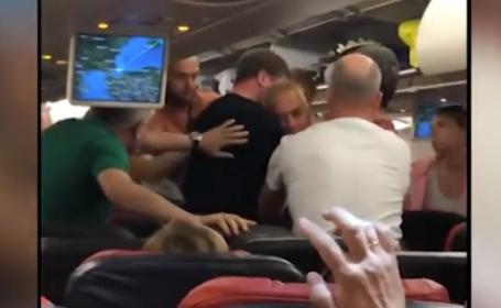 Bătaie generală într-un avion Turkish Airlines. Totul a pornit de la o femeie