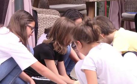 Zeci de elevi din Republica Moldova au petrecut de minune într-o tabără din România