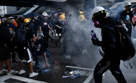 China amenință manifestanții pro-democrație din Hong Kong: \